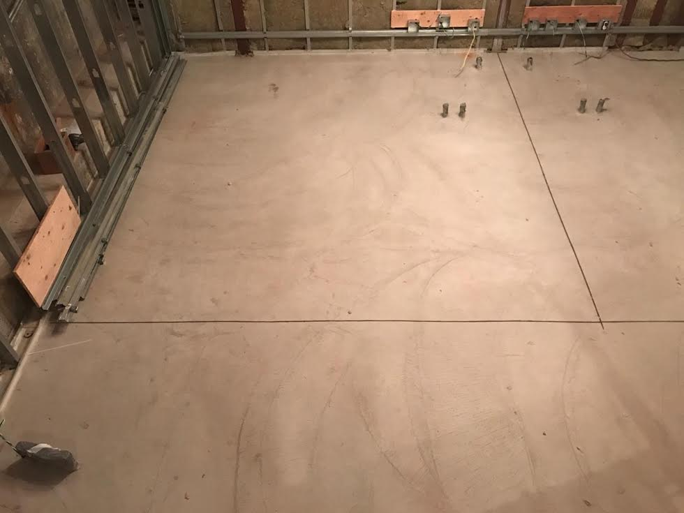 Isolated floating floor cuts